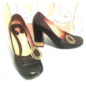 Chloe chunky heels black leather and gold